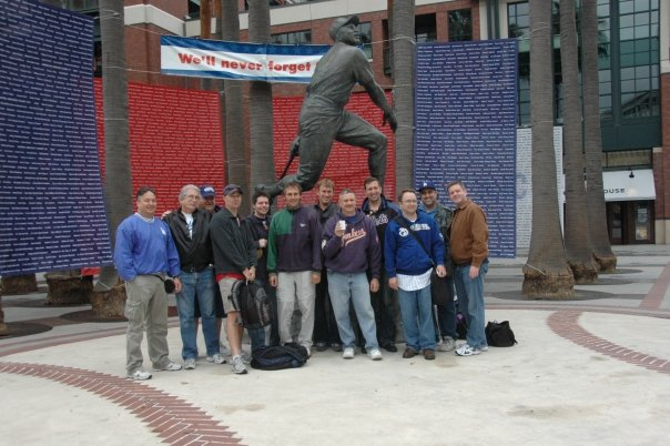 AT&T Park Express 25th Anniversary Tour Tournament group at the Willie Mays statue.